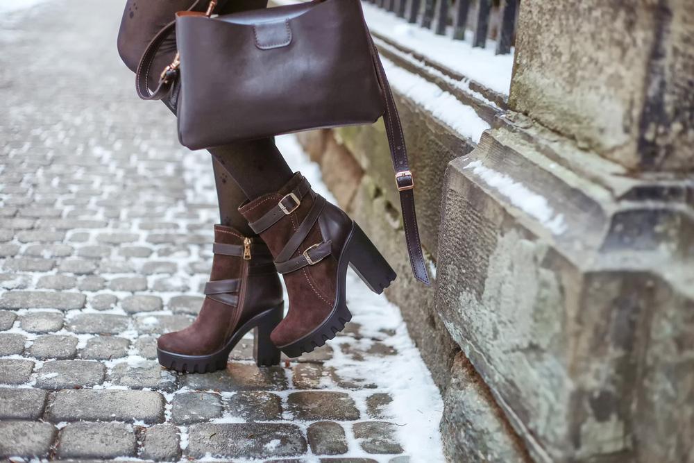 Női csizma: télen is minőségi lábbeliben!
